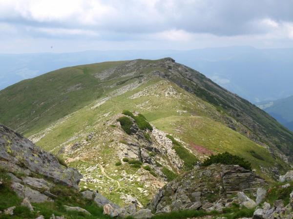 Liduprázdné hřebeny pohoří Paring