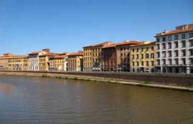 Itálie-Pisa nábřeží