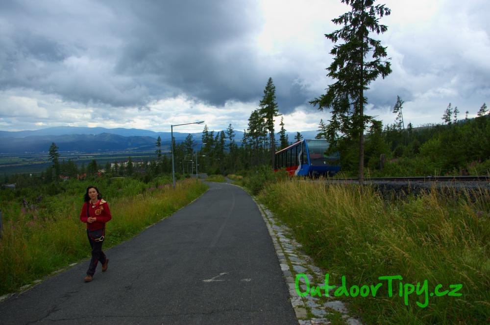 Pozemní lanovka cestou na Hrebienok