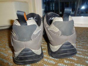 Pohled na patní část bot