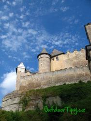 pohled nad hrad Kost