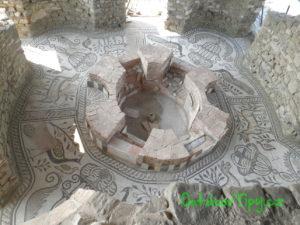 Krstiteľnica v bazilike