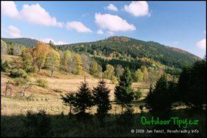 Stříbrné hutě na podzim, pohled k Joachimsthalu