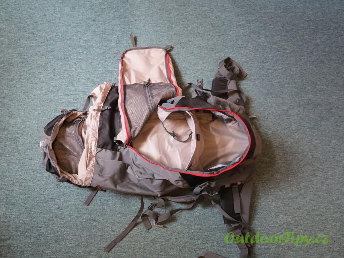 049655ed1b0 fotografie č. 1  prázdný batoh