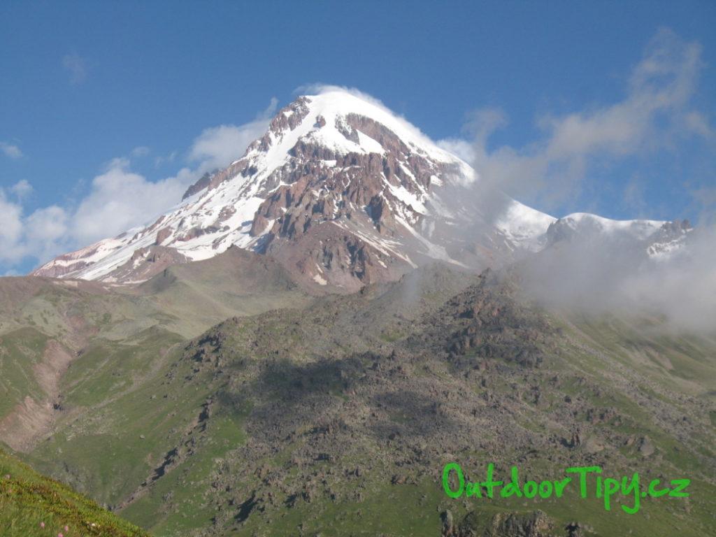 Kazbek - nejvyšší hora Gruzie