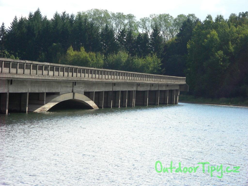 Zatopené mosty na Želivce