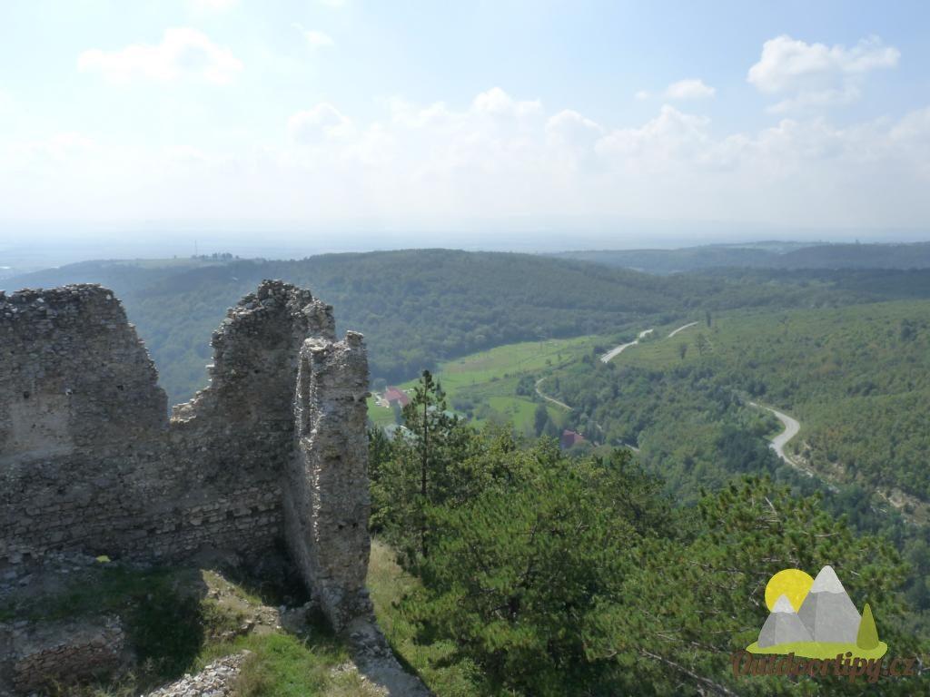 výhled ze zříceniny Velički grad