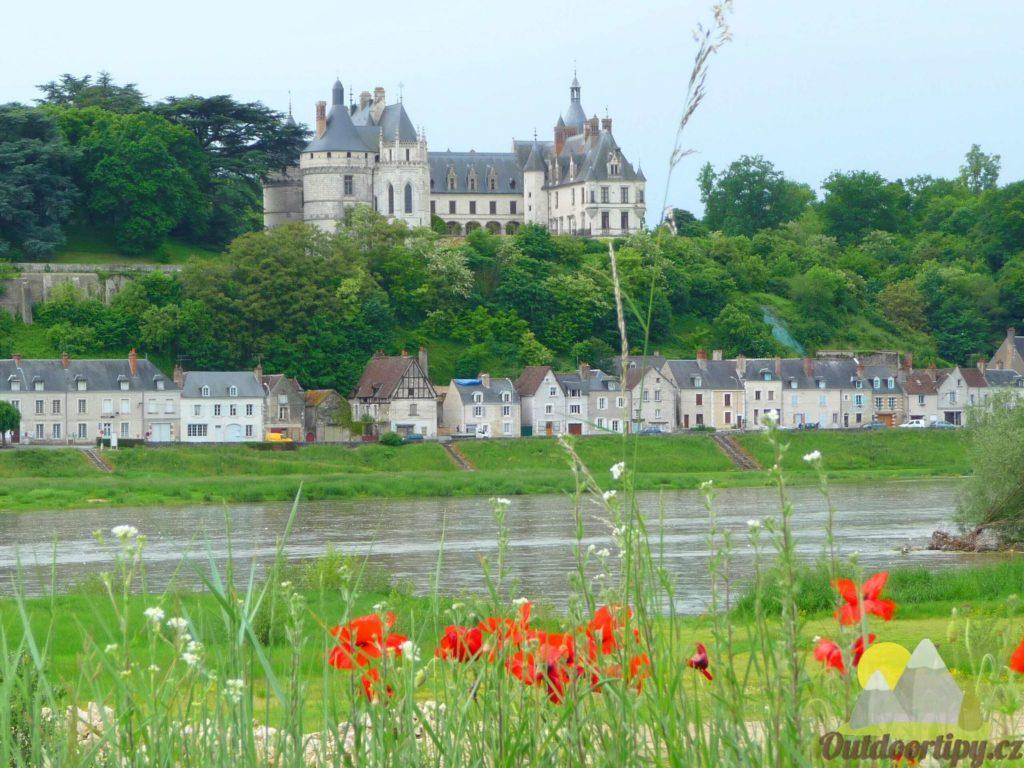 Zámek Chaumont s řekou Loira