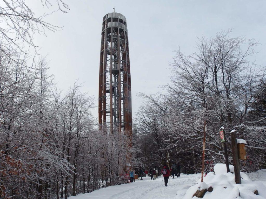 Rozhledna Kelčský Javorník v zimě