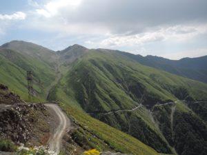 Silnice přes průsmyk Abano