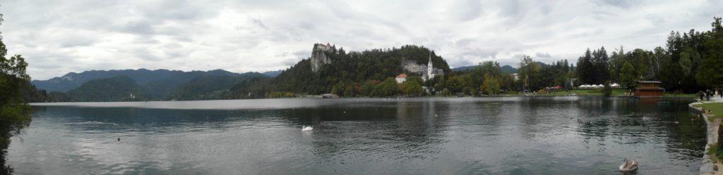 Bled - pohled z města na hrad