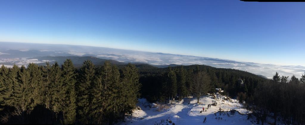 panoramatický pohled z rozhledny Kleť