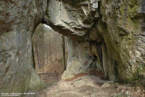 Zkamenělý zámek nedaleko Javoříčských jeskyní