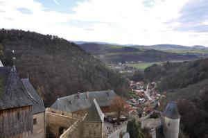 pohled z hradu Karlštejn