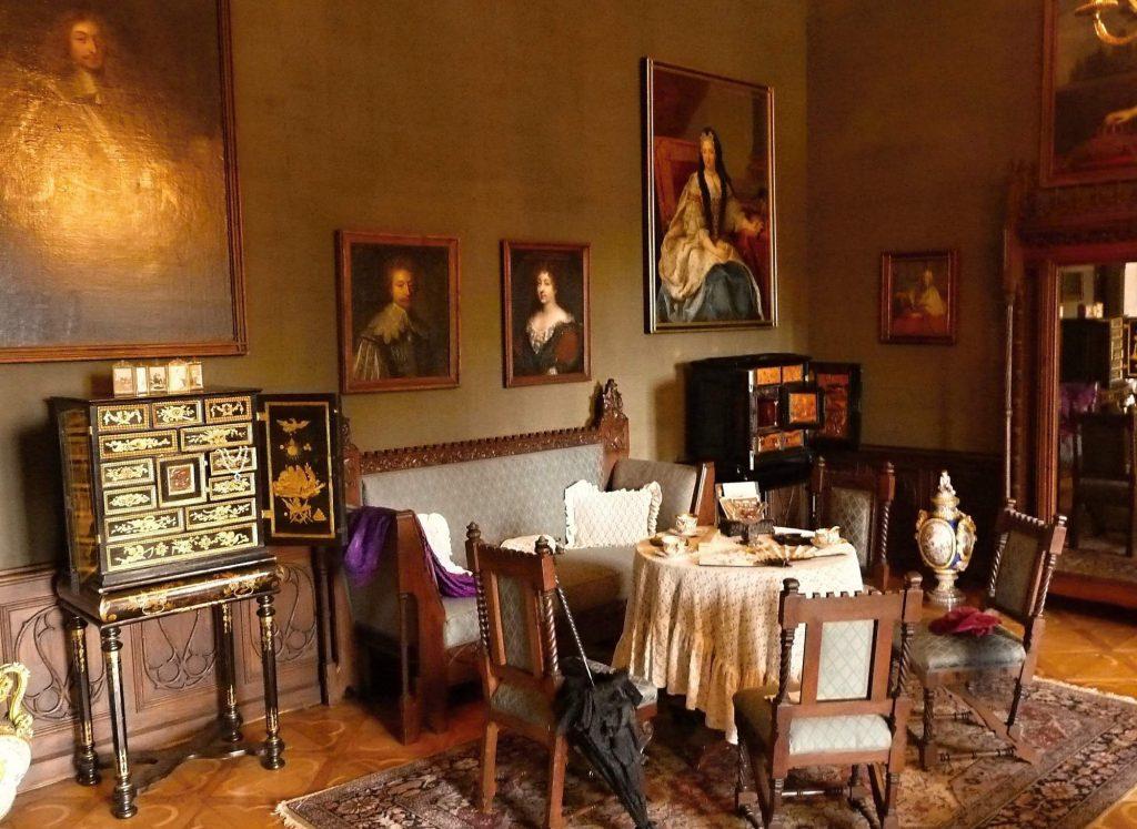 interiéry na zámku Sychrov