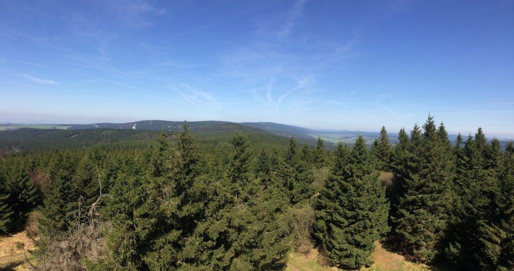 panoramatický pohled z rohledny západním směrem