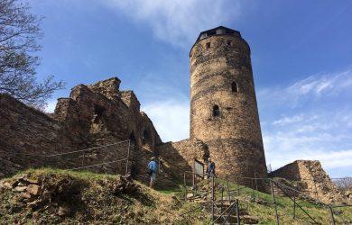 věž na hradě Hasištejn