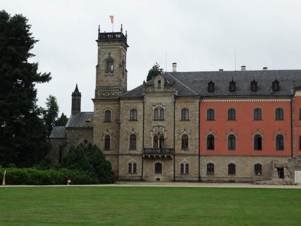 zámek Sychrov nedaleko Turnova