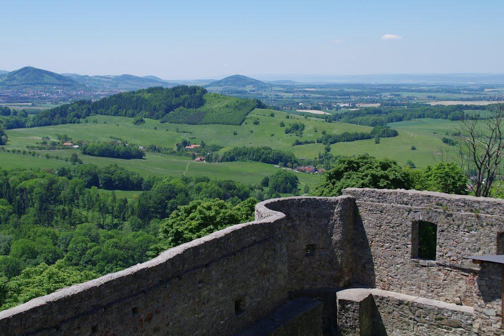 pohled z hradu Hukvaldy